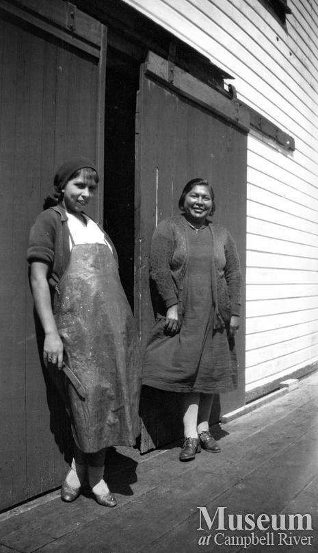Eleanor Cliffe and Elizabeth Quocksister