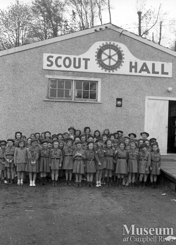Brownies in front of Scout Hall