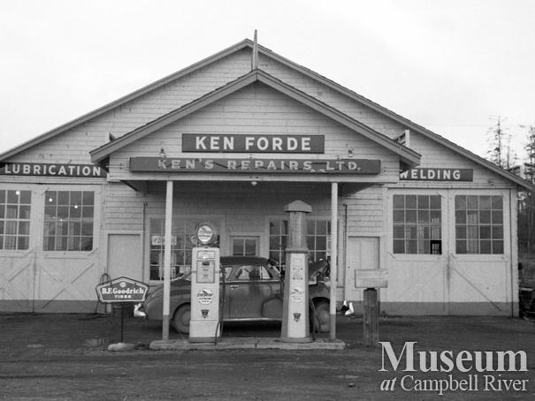 View of Ken Forde's Garage in Willow Point, located on Island Hwy.