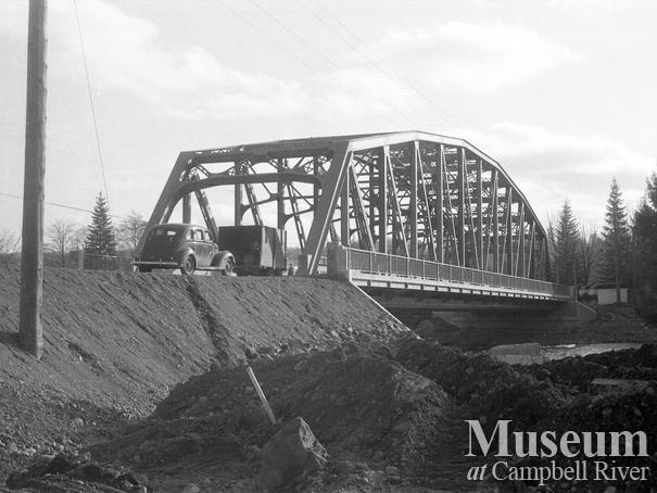 New bridge over the Campbell River