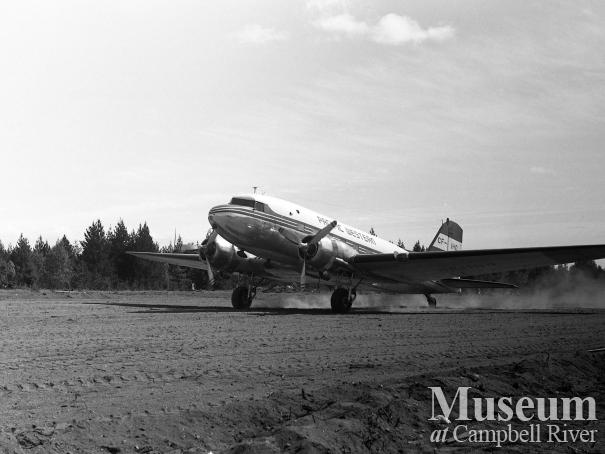 The first commercial landing at Campbell River Airport