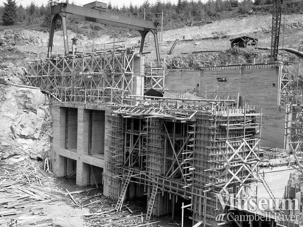Ladore Dam construction, Campbell River