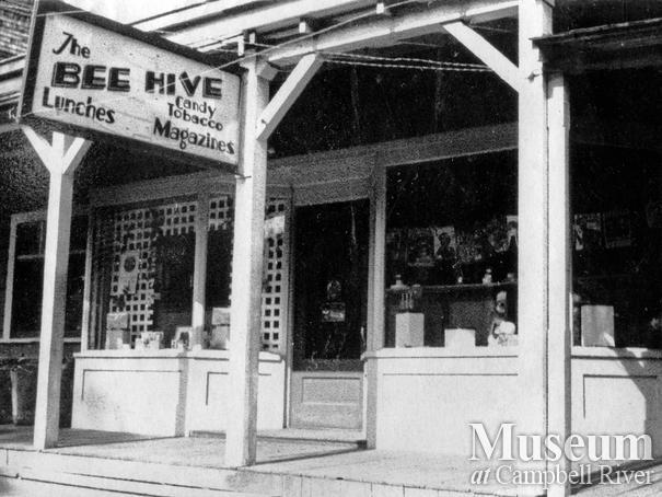 The Bee Hive Café
