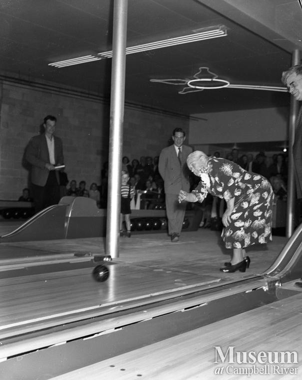 "Opening of ""T"" bowling alley, Campbell River"