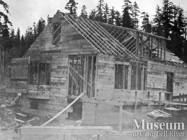 The Pidcock house under construction