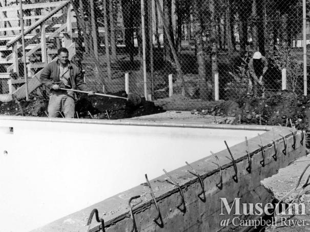 Renovating the pool at Centennial Park