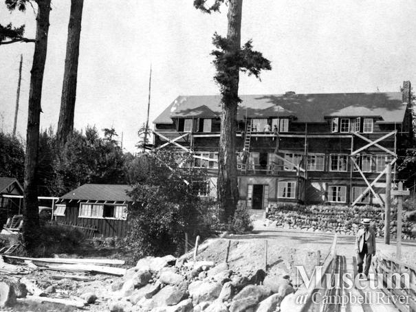View of Painter's Lodge under construction