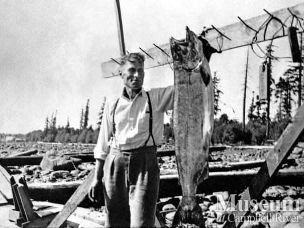 Fishing guide Thor Erickssen with catch of fish