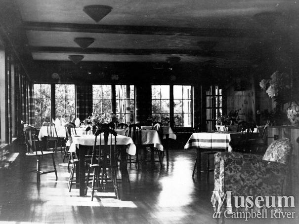 View of the dining room at Painter's Lodge