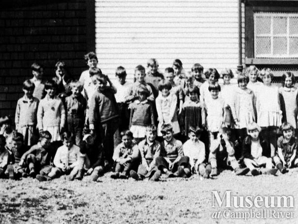 Students of Campbell River School