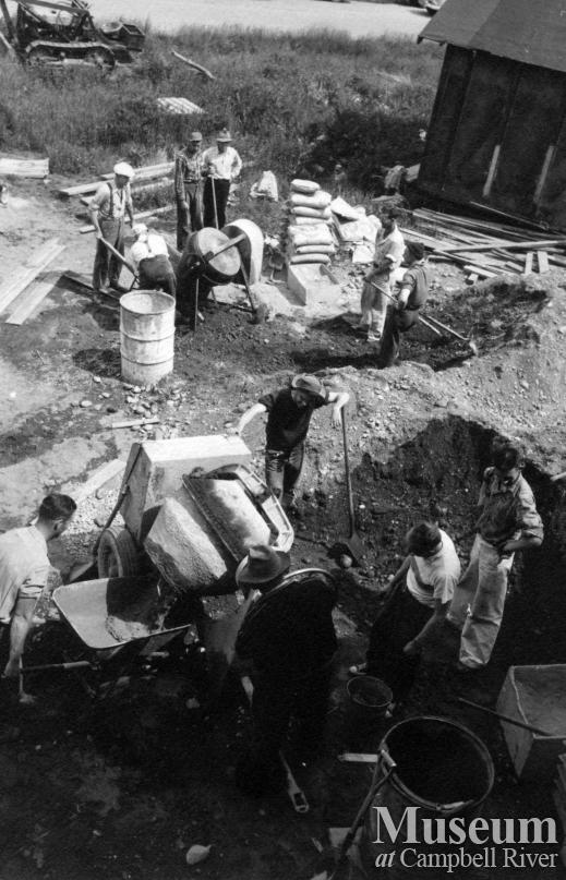 Construction of the Community Hall, Campbell River