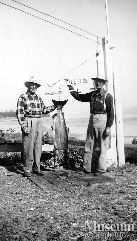 Cougar Smith and Wallace McMillan at scales