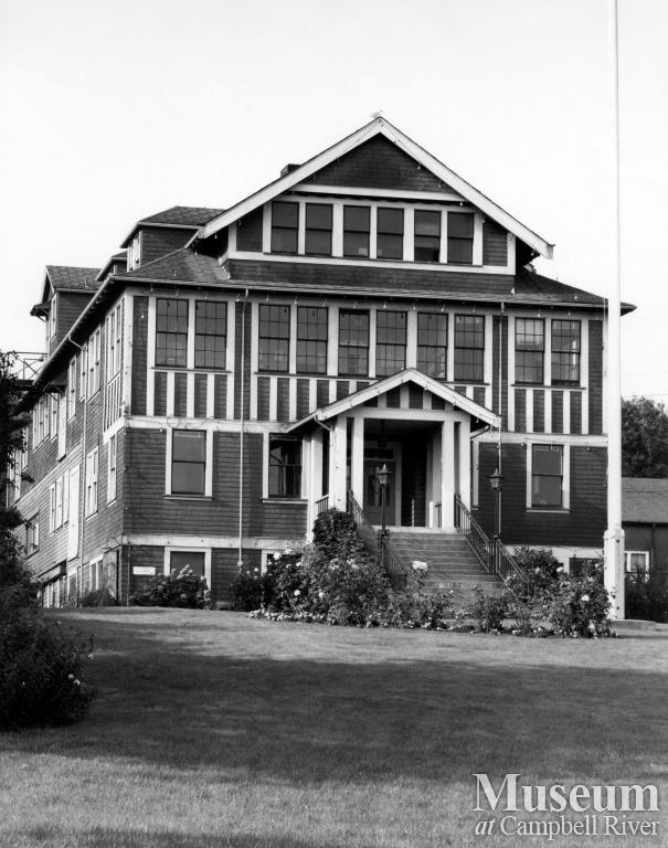 Campbell River City Hall