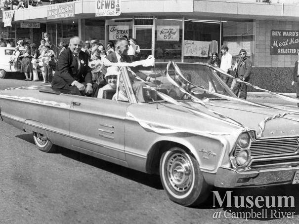 Mayor Ken Forde in Parade, 1971