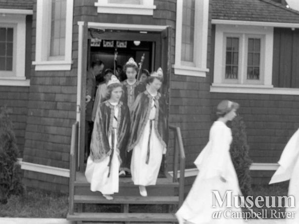 Job's Daughters at St. Peter's Anglican Church